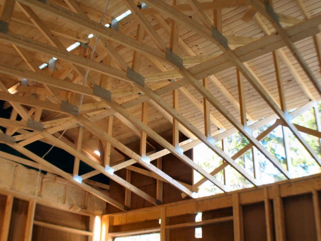 How to install roof trusses for Roof trusses installation