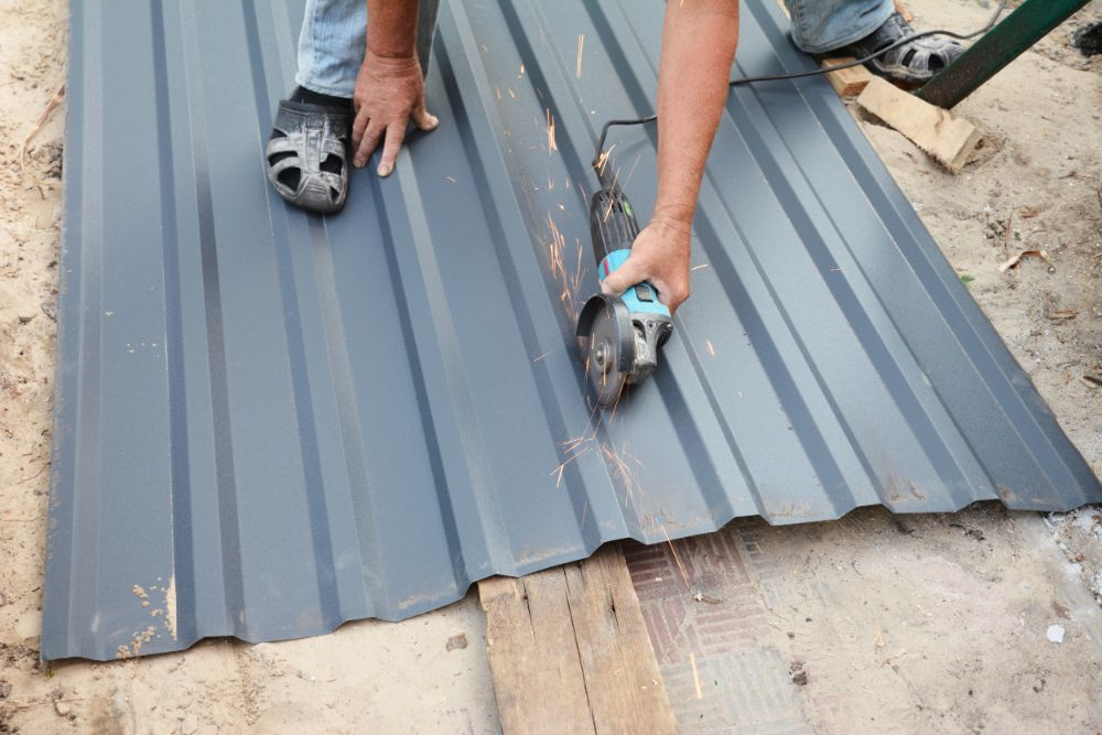 cutting blue metal roof using grinder