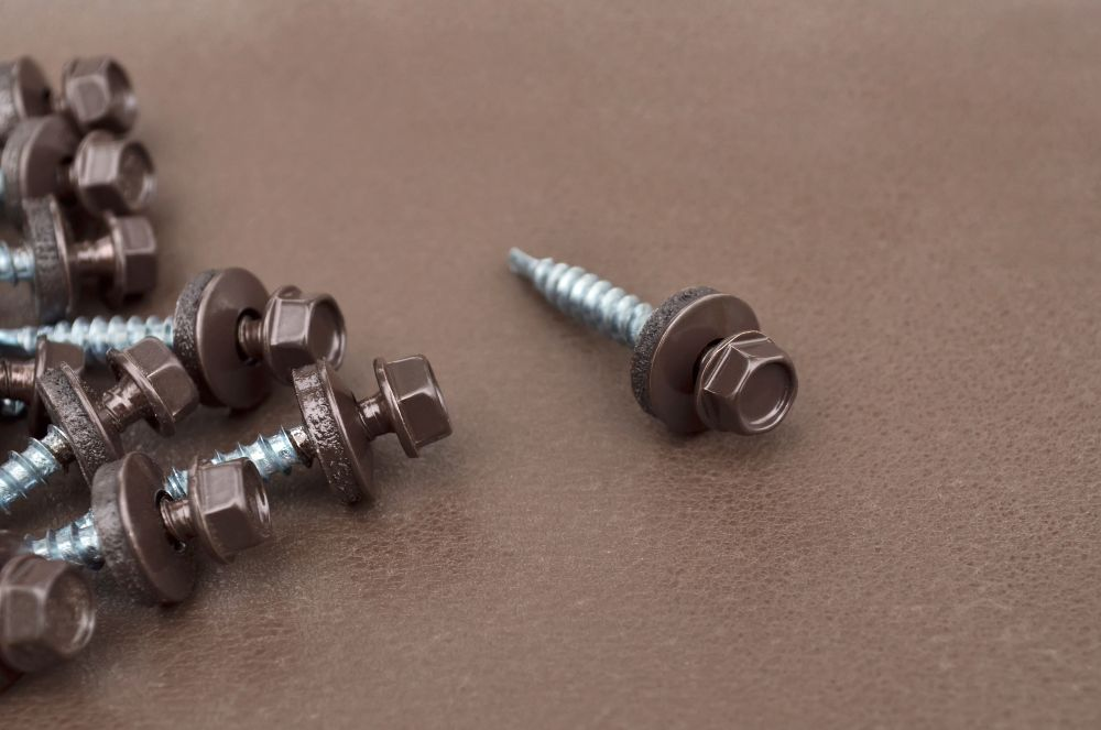 What Screws to Use For Metal Roofing